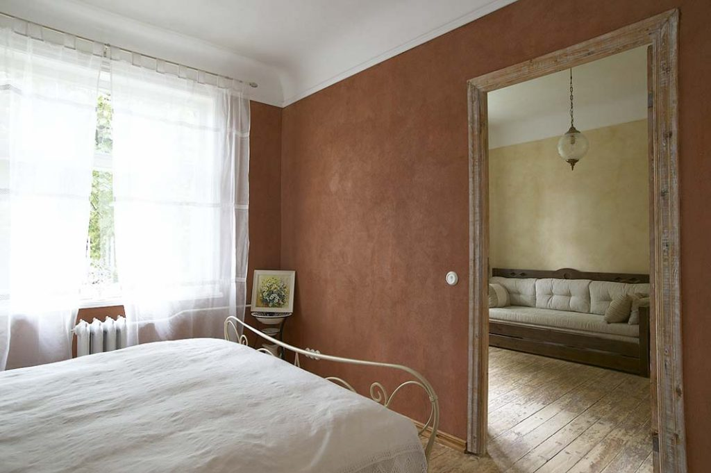 kreidezeit-naturfarben-wallpaints-clay-paint-textured