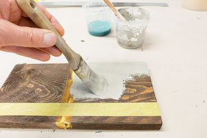 chalking-time-natural-colored-shabby-chic